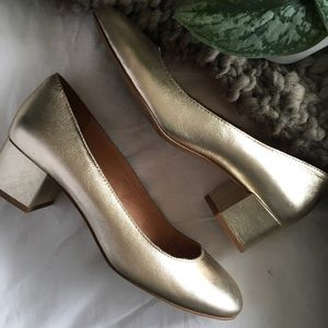 Madewell Ella pumps in Gold